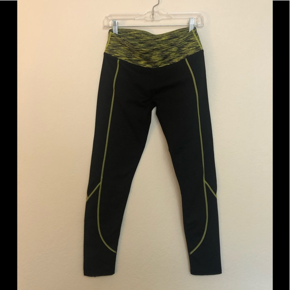 Fabletics zipper legging size Small